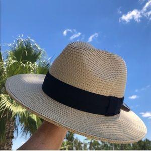 Fedora Sun Hat Solar Escape Short Brim SPF 50 NEW